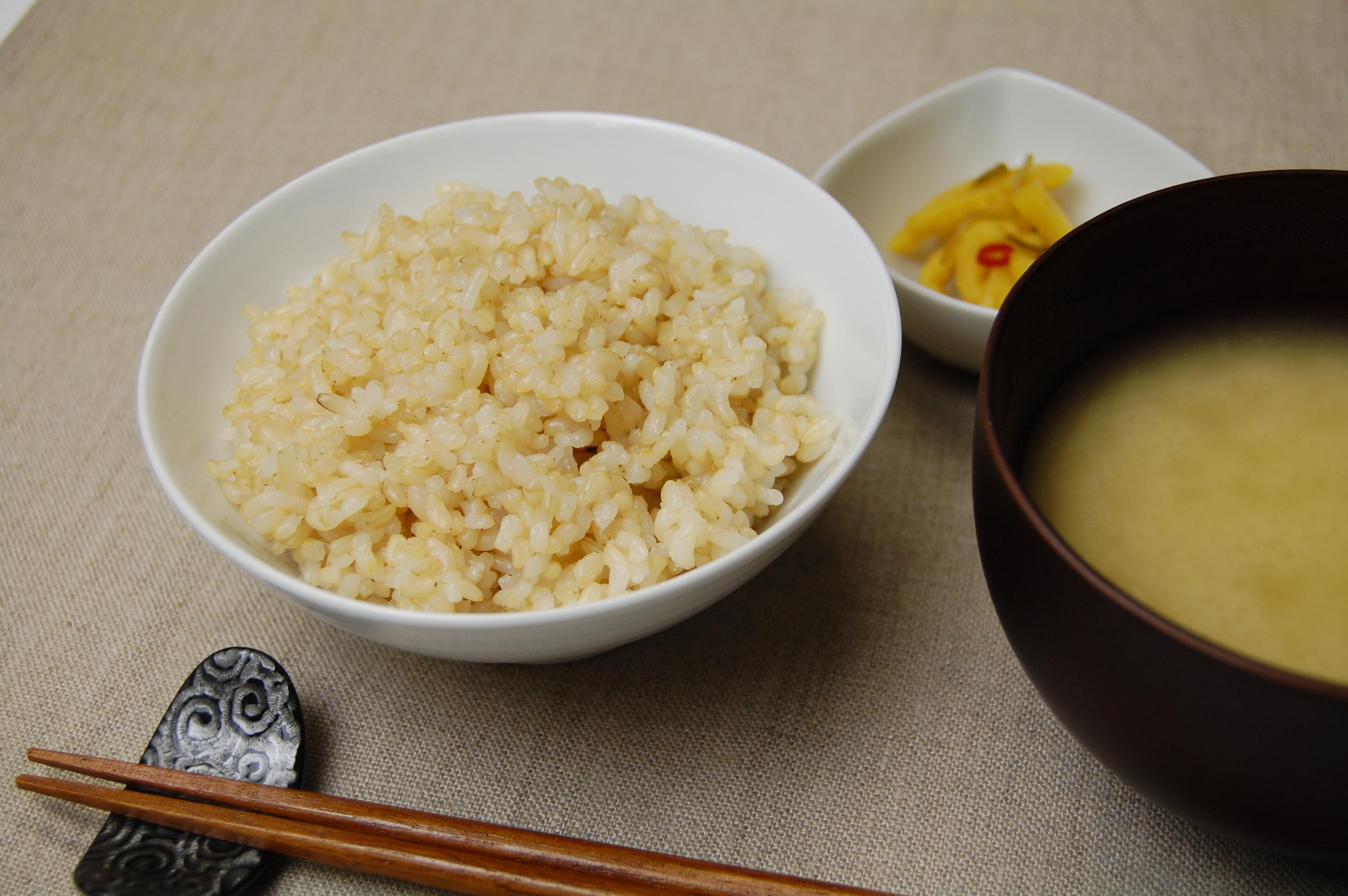 酵素玄米を炊ける炊飯器「なでしこ健康生活」の詳細